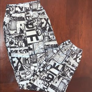 SHEIN black and white pop art jogger size 3XL
